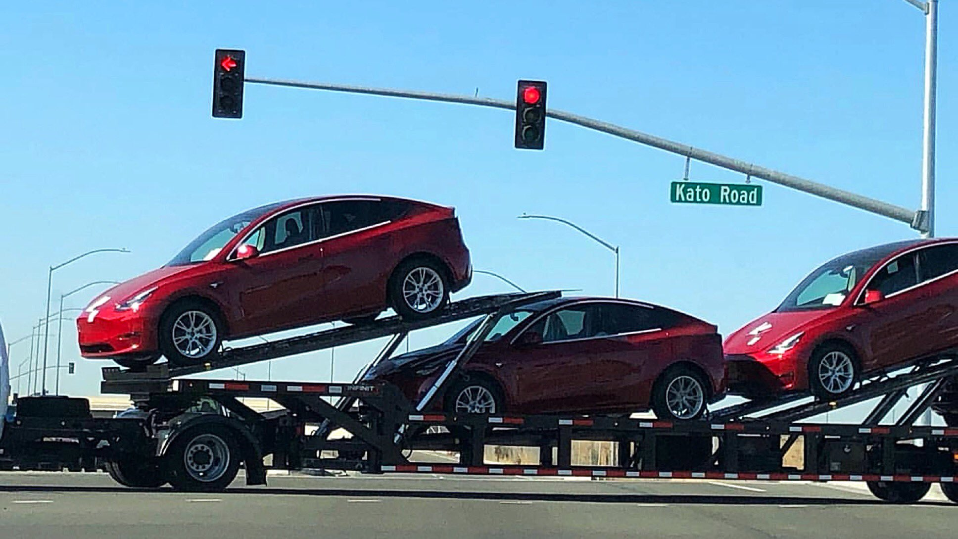 Tesla Model Y transport
