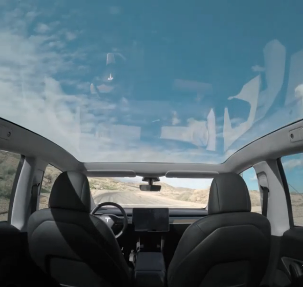 Tesla Model Y panoramic glass roof