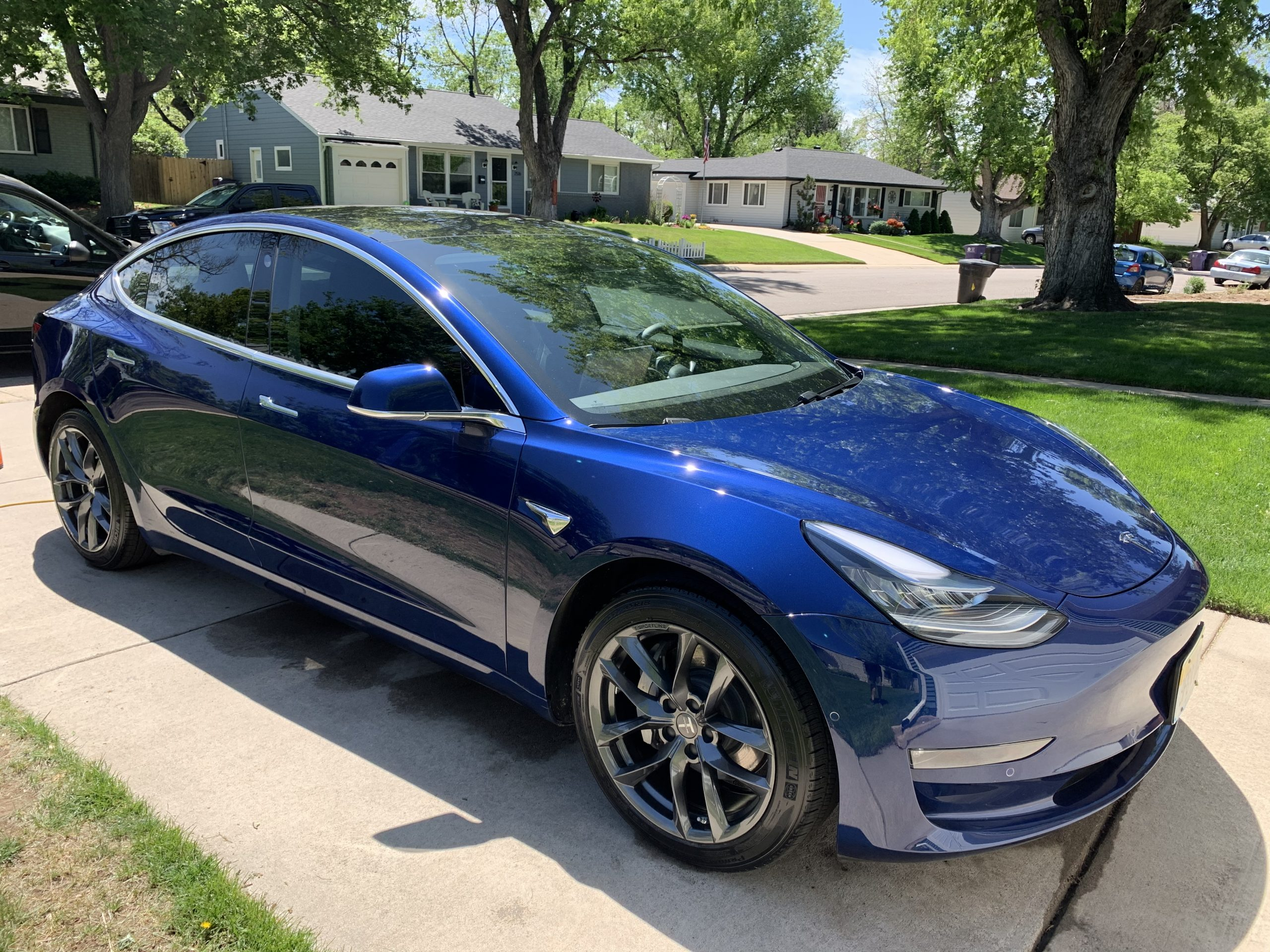 TSportline 18 TSS wheels on Tesla Model 3