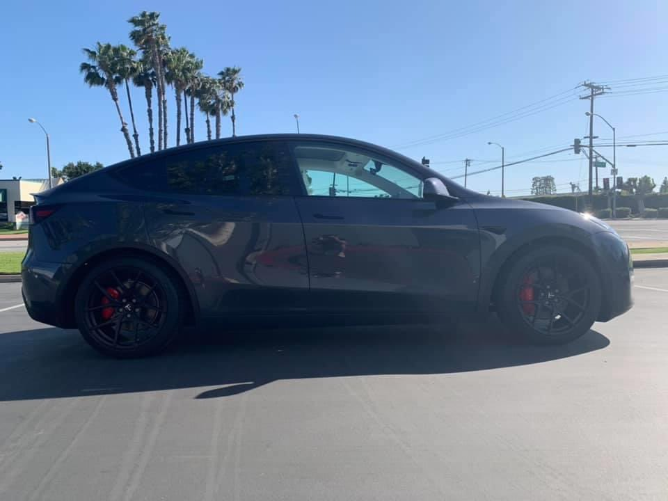 TSportline Falcon wheels on Tesla Model Y