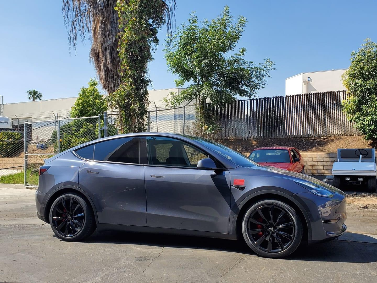 TSportline TST wheels on Tesla Model Y