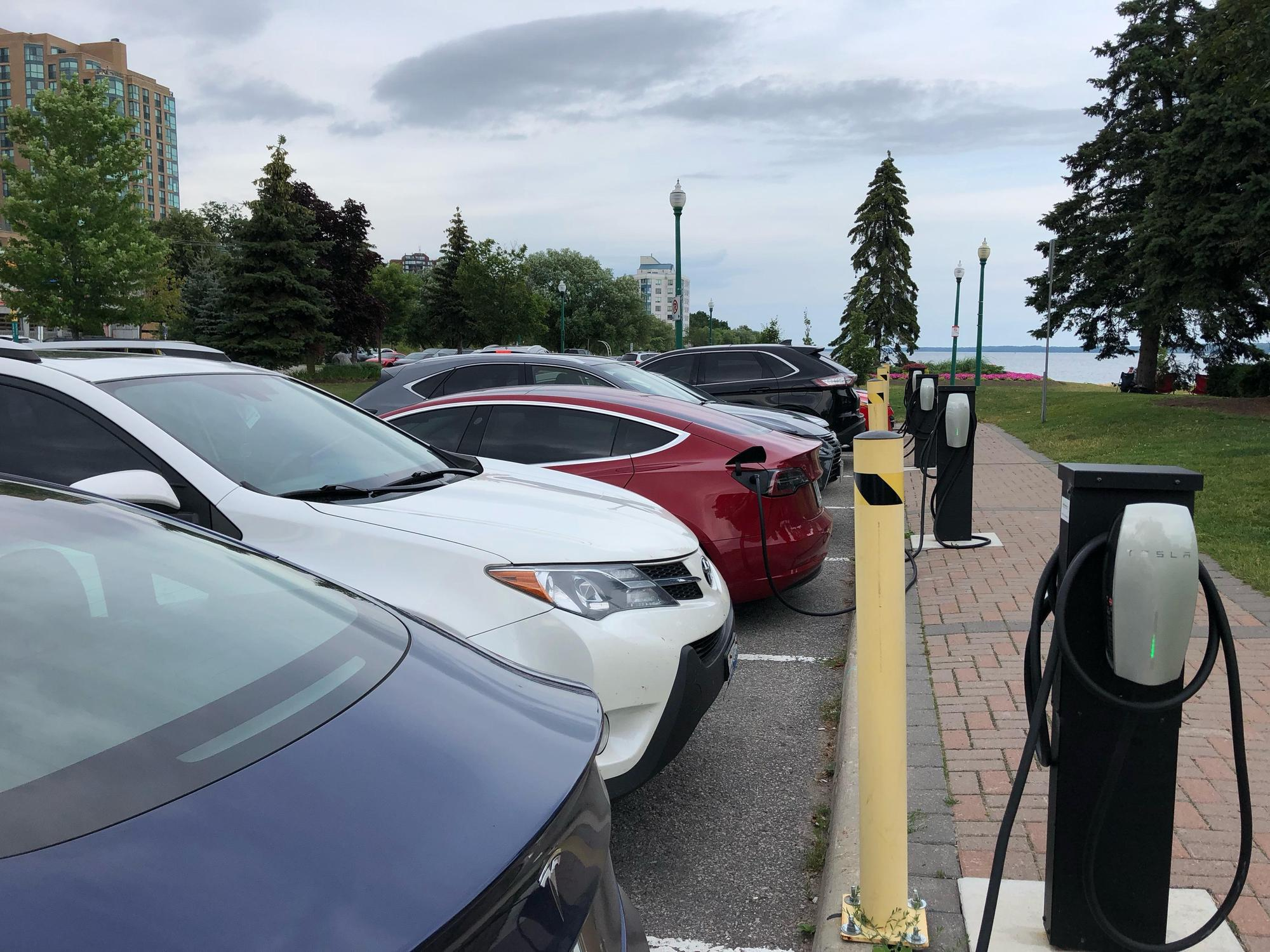 Heritage Park Barrie Ontario EV chargers