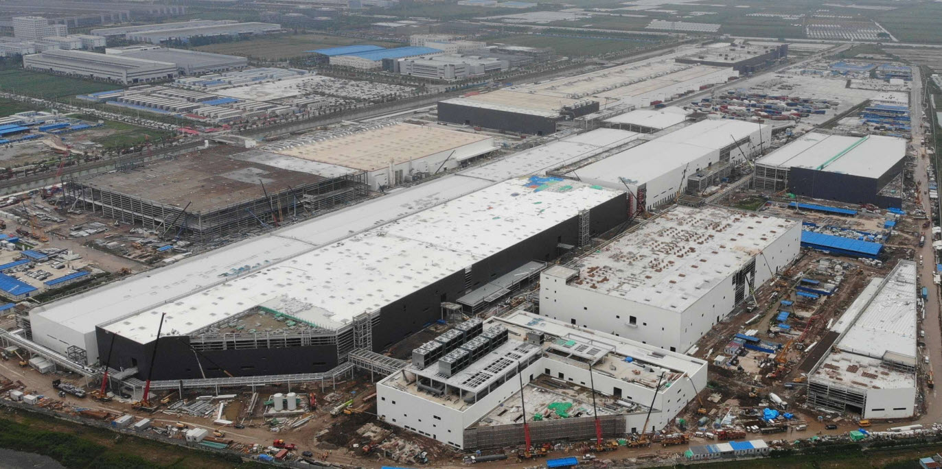 Giga Shanghai construction update