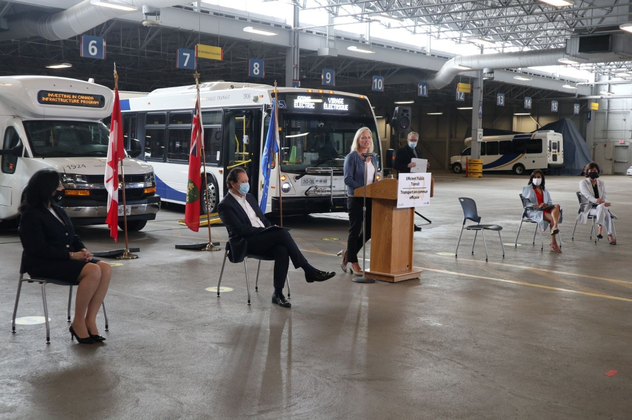 Oakville electric buses