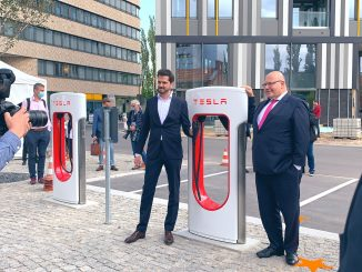 Tesla V3 Supercharger Berlin