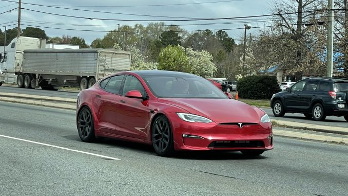Refresh Model S NC front